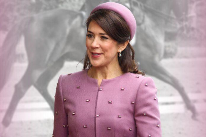 Kronprinsesse Mary er rytter