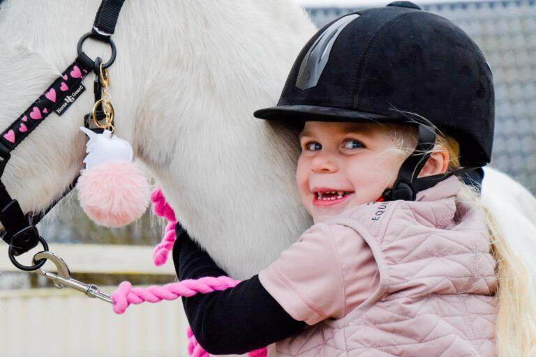 Børn og heste: De har så meget tilfælles og kan bruge hinanden hver dag