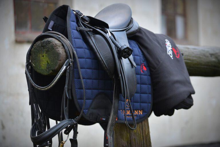 Få råd til godt rideudstyr: 4 tips fra den studerende